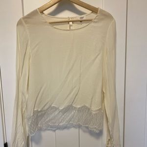 Aritzia Wilfred 'Desaix' Silk and Lace Blouse